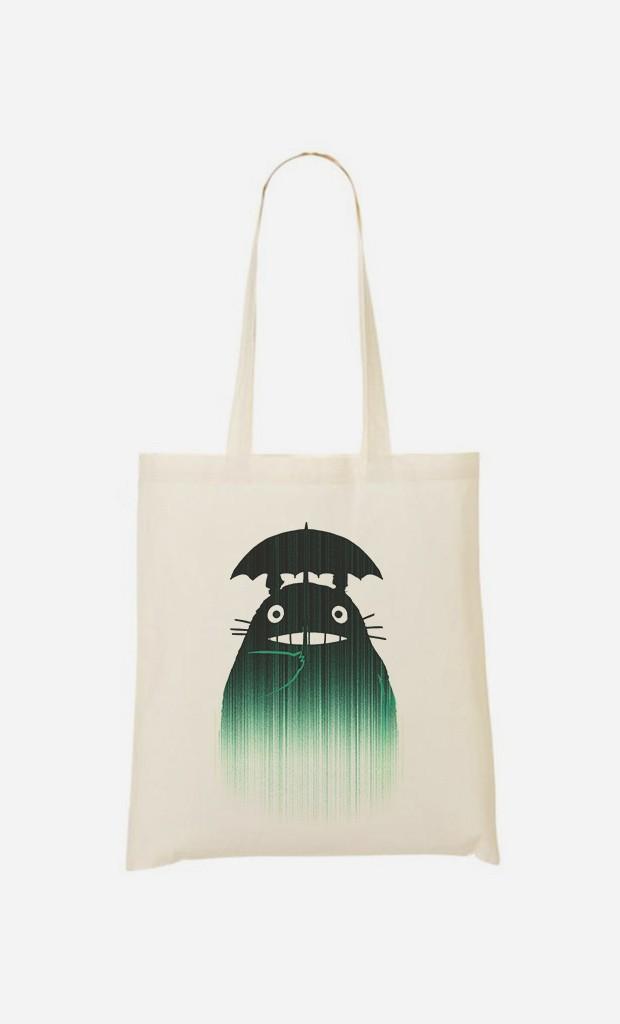 Tote Bag Under The Rain